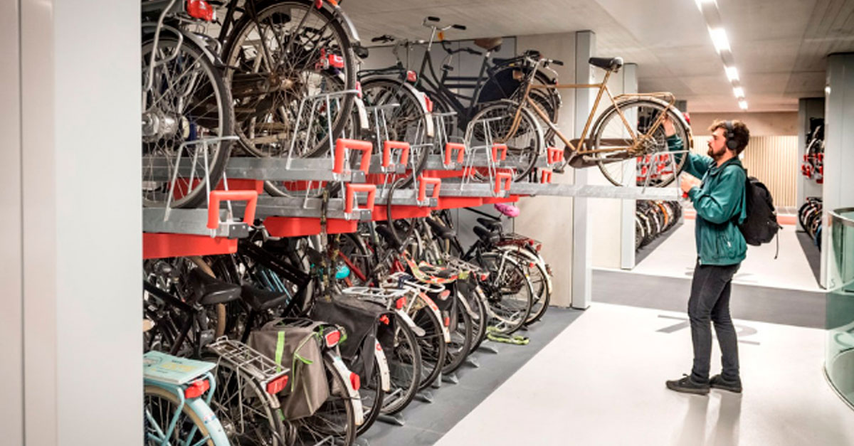http://ecoparking.io/wp-content/uploads/2019/09/estacionamento-bike-holanda-face.jpg