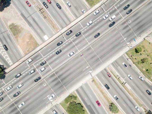 http://ecoparking.io/wp-content/uploads/2020/09/carro-importante-mobilidade-pos-pademia-640x480.jpg