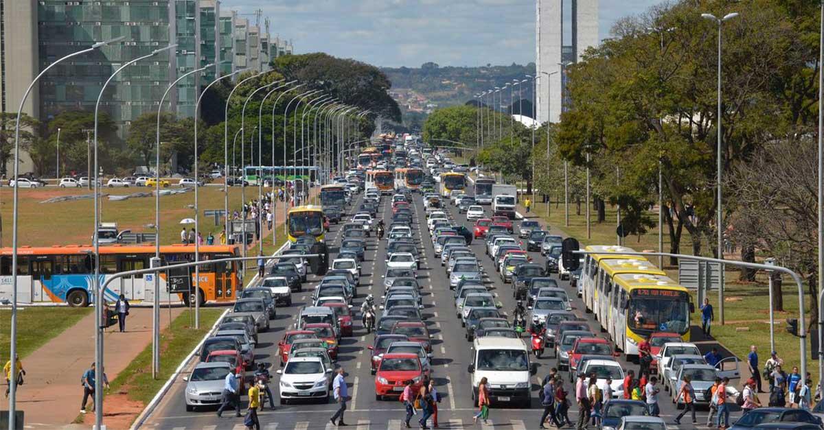 http://ecoparking.io/wp-content/uploads/2020/09/combustivel-transito-mobilidade-trafego-1.jpg