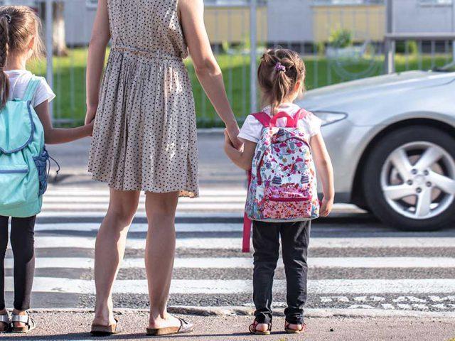 http://ecoparking.io/wp-content/uploads/2021/06/mobilidade-urbana-primeira-infancia-640x480.jpg